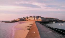 Lien vers l'article «La Bretagne à vélo, le long du canal de Rennes à Saint-Malo»