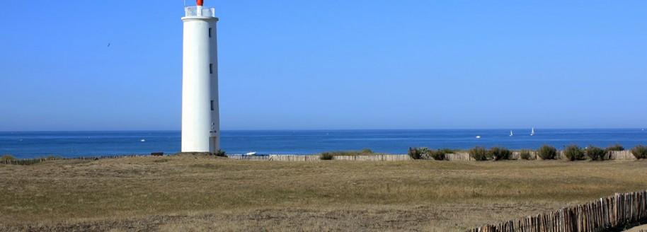 Feu de grosse terre - Saint-Gilles-Croix-de-Vie - Vendée - Sorties scolaires et classes de mer en Vendée - © JCB